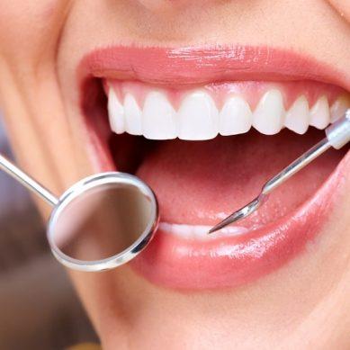 Λεύκανση: Το χρώμα των δοντιών «μετράει»