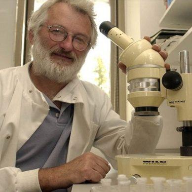 Τζον Σάλστον: Πέθανε ο επιστήμονας που συνέβαλε στην αποκωδικοποίηση του DNA