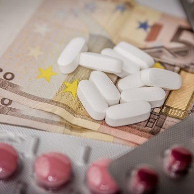 Υπέρβαση 291 εκατ. ευρώ στην εξωνοσοκομειακή φαρμακευτική δαπάνη