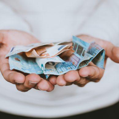 «Λαυράκια» έπιασε η ΑΑΔΕ στους ελέγχους για φοροδιαφυγή