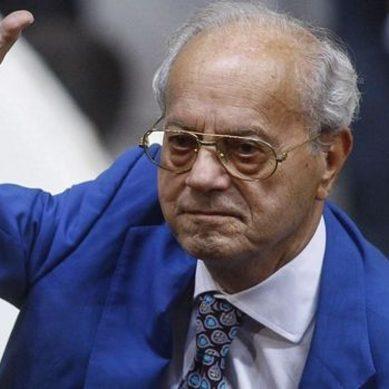 Η ΠΕΦ αποχαιρετά τον Θανάση Γιαννακόπουλο